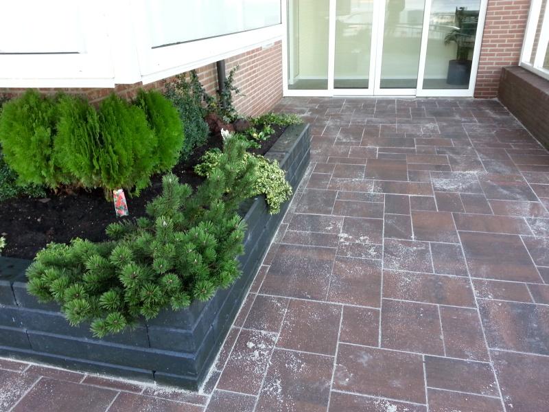 Tuinideeën kleine voortuin hout beton schutting tuinideeen voortuin