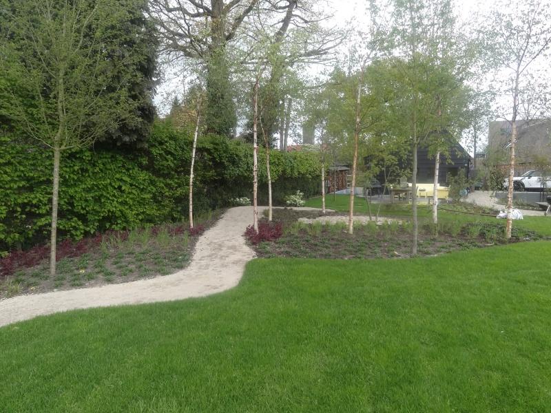 Tuinaanleg van natuurlijke tuin in soest for Tuinontwerp natuurlijke tuin